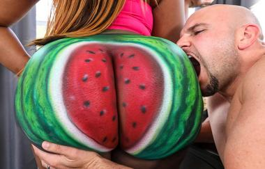 Jmac, Victoria Cakes – Fuckin That Watermelon Booty – Braune Hasen (Brazzers)